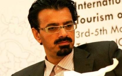 ناصر کرمی: خود انسان و نه طبیعت بلاآفرین است/ سیامک ملامحمدی