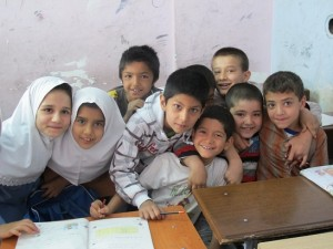 دانش آموز افغانستانی در ایران