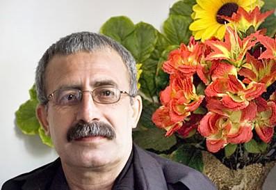 محمود صالحی: کارگران بافق نباید آزادی با وثیقه را میپذیرفتند