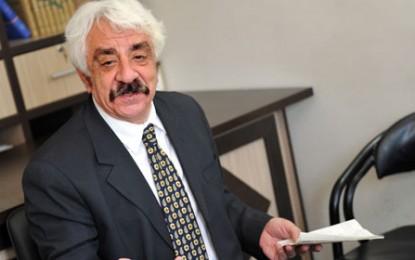 دکتر فریبرز رئیسدانا: پایین آوردن تورم نفعی برای کارگران ندارد