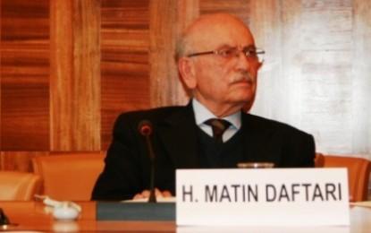 هدایتالله متین دفتری: مردم رعیت به شهروند و سپس امت تبدیل شدند