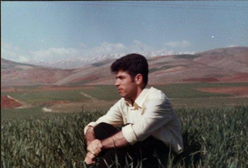 فرزاد کمانگر، معلمی که درس عشق میداد/ محمد حبیبی