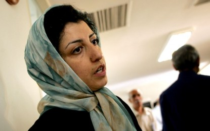 نرگس محمدی: قاچاقچیان مواد مخدر، قربانیان فقر هستند/ علی کلائی