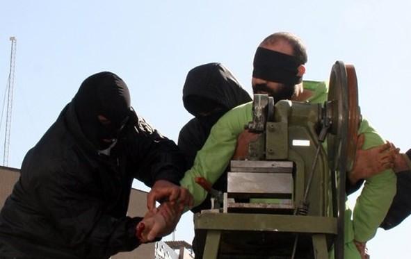 مجازاتهایی به مثابهی شکنجه در قانون مجازات اسلامی ایران/ نقی محمودی