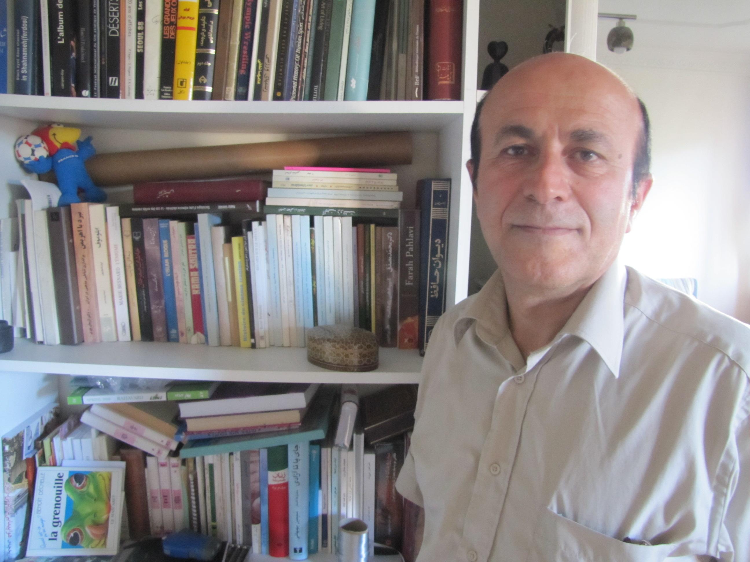 نادر وهابی: پناهندگان سیاسی، متمایل به حاشیهگراییاند/ مرتضی هامونیان
