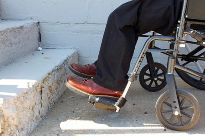 لزوم اصلاح رفتار با معلولین در جامعهی ایران/ محمد محبی