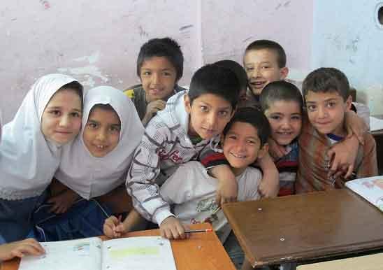کودکان افغانستانی، استعدادهای درخشان زیر ظلم/ علی کلائی