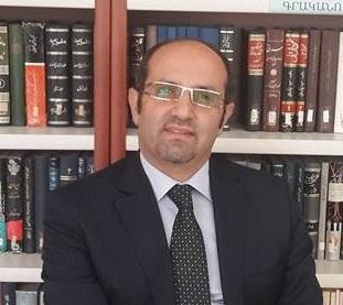 حسین احمدی نیاز
