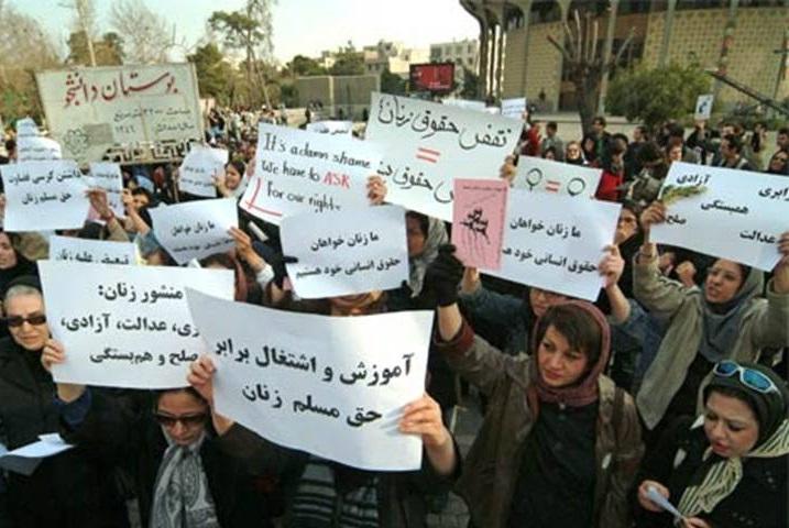 چیستی مطالبات حداقلی و حداکثری زنان و نقش نمایندگان زن مجلس در رسیدن به این اهداف/ حسین تاج