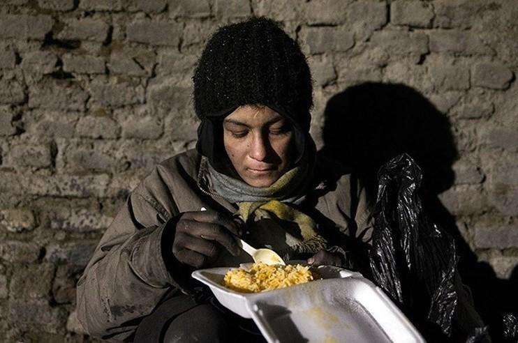 نقش جامعهی مدنی در بهبود وضعیت بیخانمانها/ الهه امانی