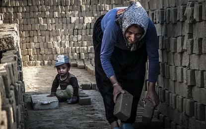 شکلهایی از بردگی مدرن در ایران که دیده نمیشوند/ سوسن محمدخانی غیاثوند