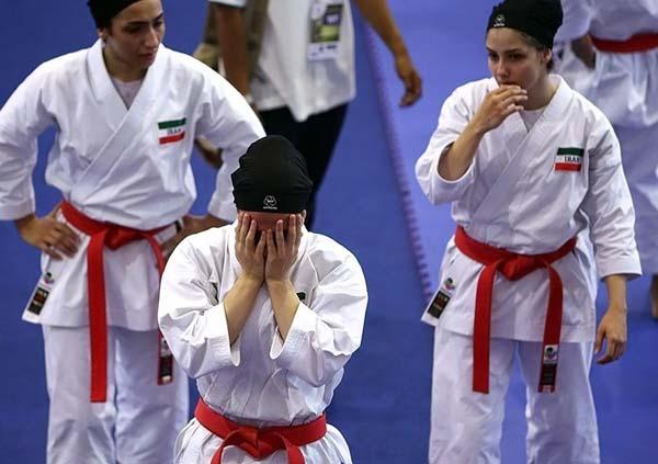 ورزش زنان ایران، بن بست و جنگ سرد/ علی کلائی