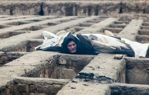 دوازده میلیون سپاهِ ذخیرهی گورخوابیاند/ محمد آقازاده