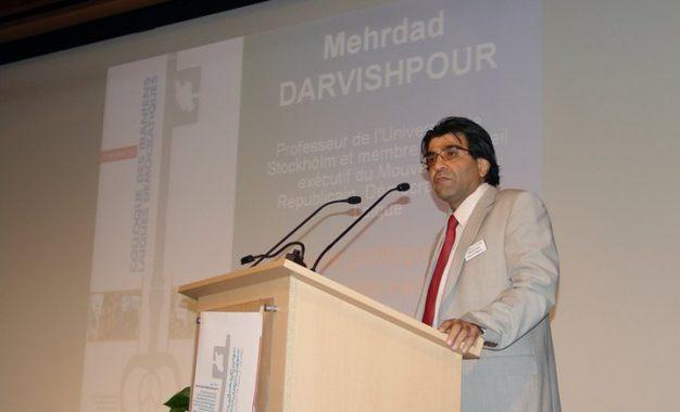 چالشهای شبکههای اجتماعی و پیامدهای آن؛ در گفتگو با مهرداد درویشپور/ علی کلائی