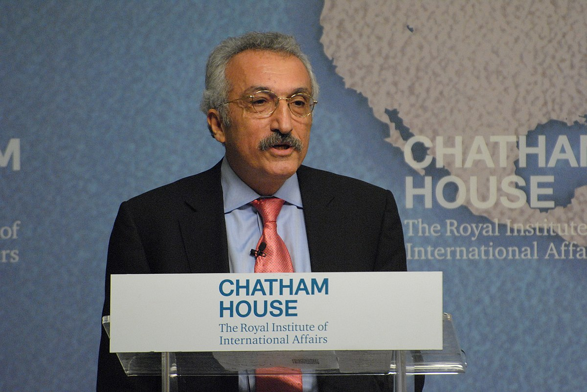 عباس میلانی: مسئول اصلی رفتارهای غیردمکراتیک، مستبدِ خشن است/ مرتضی هامونیان