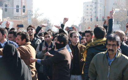 نیروی معترض و نیروی سرکوب؛ کدامیک بیش تر تجربه انباشت می کند؟/ رضا علیجانی