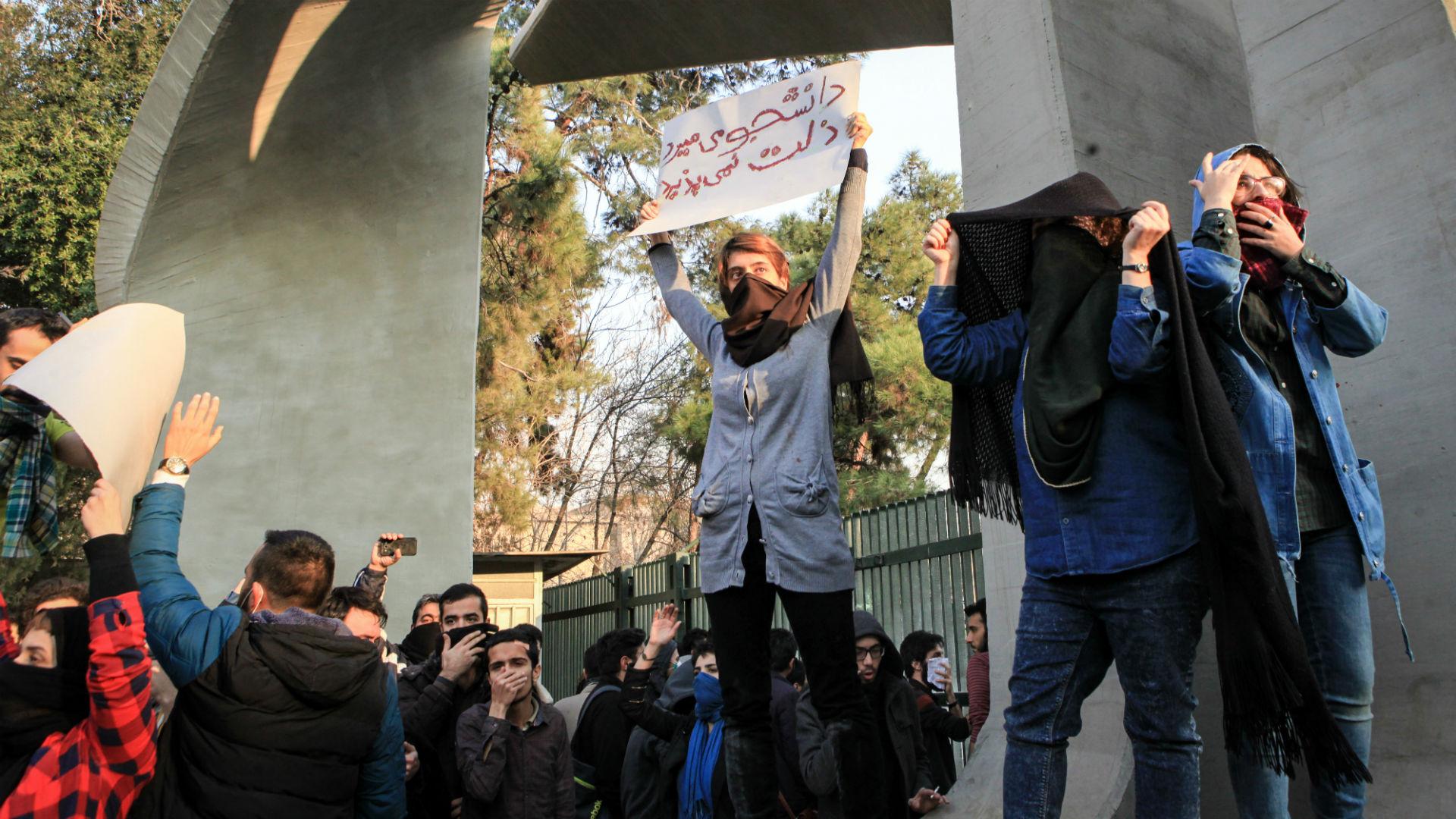جنبش دانشجویی و سرکوب پیشگیرانه از سوی حکومت؛ راهکار دانشجویان چیست؟/ ساقی لقایی