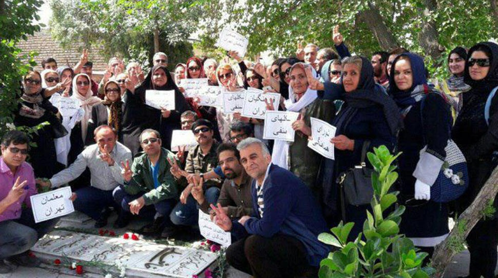 نیم نگاهی به روز معلم و معلمان دربند ایران/ جواد لعل محمدی
