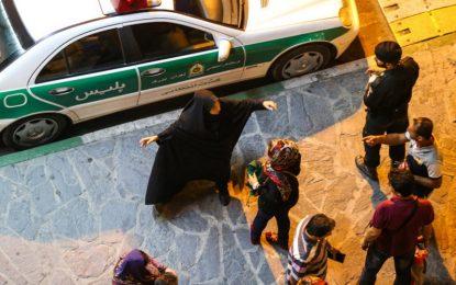 بی معنی بودن پژوهش درباره حق پوشش/ محمد محبی