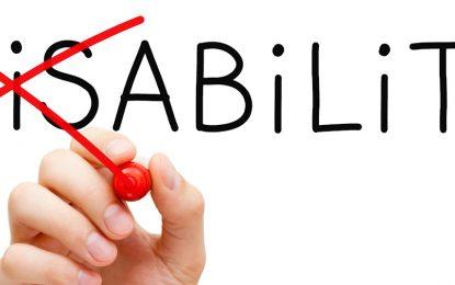 آیا افراد دارای معلولیت باید از حقوق ویژه ای بهره مند باشند؟/ وحید حجه فروش