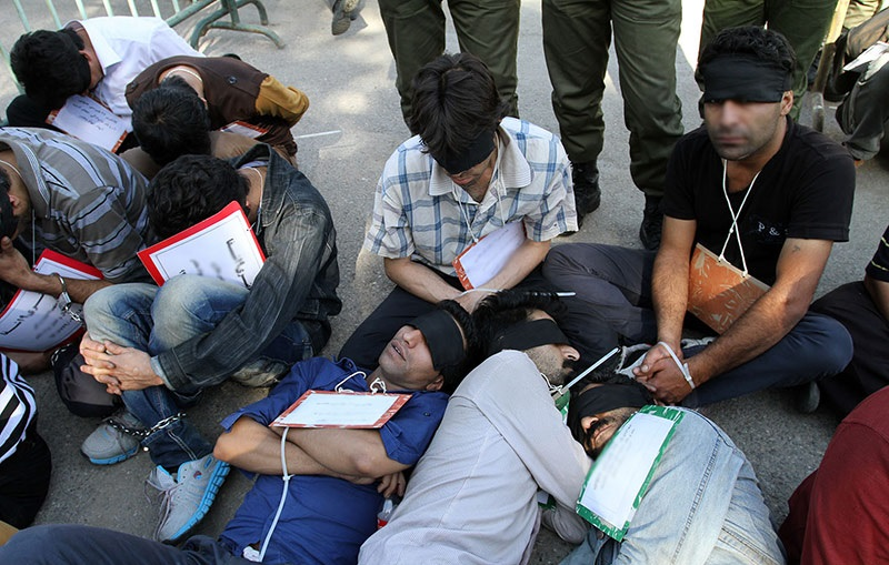 کرامت و حقوق طبیعی معتادین/ محمد محبی