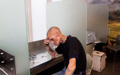 """چگونه """"اتاق های مصرف مواد مخدر"""" زندگی افراد معتاد را نجات می دهد/ شاهین نصیری"""