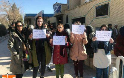 از خفه کردن سگ ها در کرمان تا تدابیر امنیتی علیه حامیان حیوانات/ فاطمه محمدی