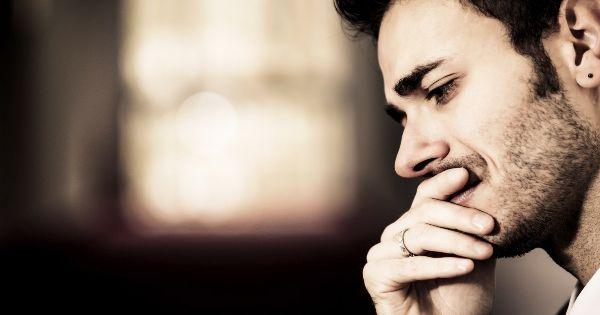 بررسی و نقد کلیشه جنسیتی مرد به عنوان حامی و تامین کننده/محمود حریفی