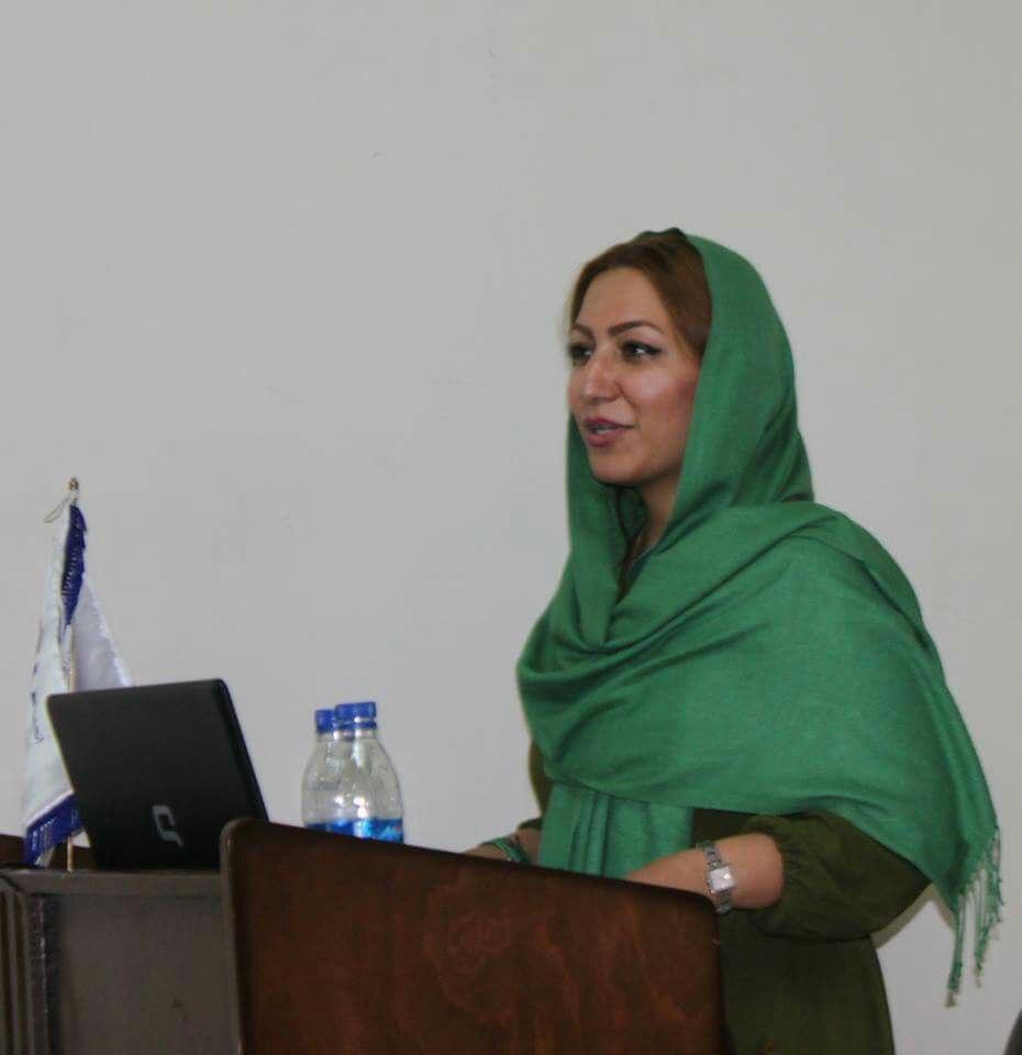 مهدیه گلرو؛ فمنیسم به نفع هم زنان و هم مردان است/گفتگو از علی کلائی