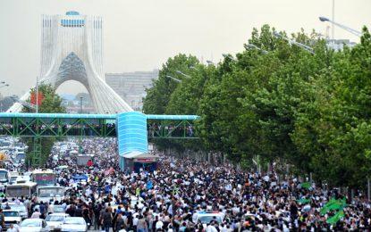 دور باطل مبارزات سیاسی در ایران/گلرخ ابراهیمی ایرایی
