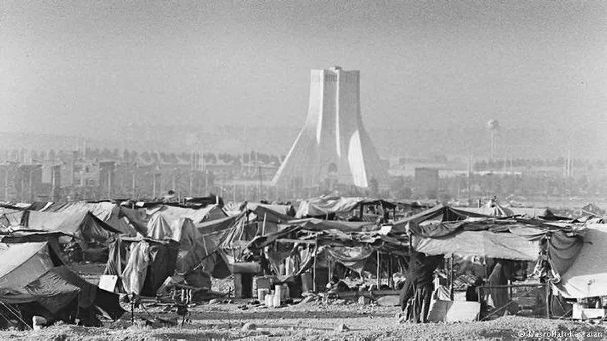 حق توسعه و آزادی ملت، و نقد کلیشه «خلایق هرچه لایق»/محمد محبی