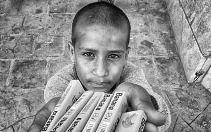 دنیای کودکان کار؛ از زیرزمین و مترو تا سر چهارراه ها/پرویز فغفوری