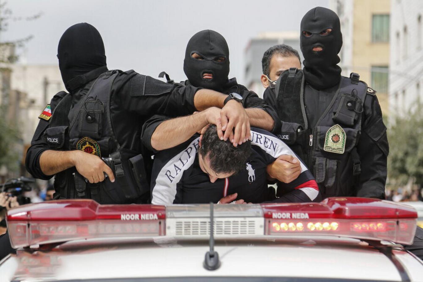 از اعدام در ملاء عام تا «متهمگردانی»: هدف ارعاب و تهدید است/معین خزائلی