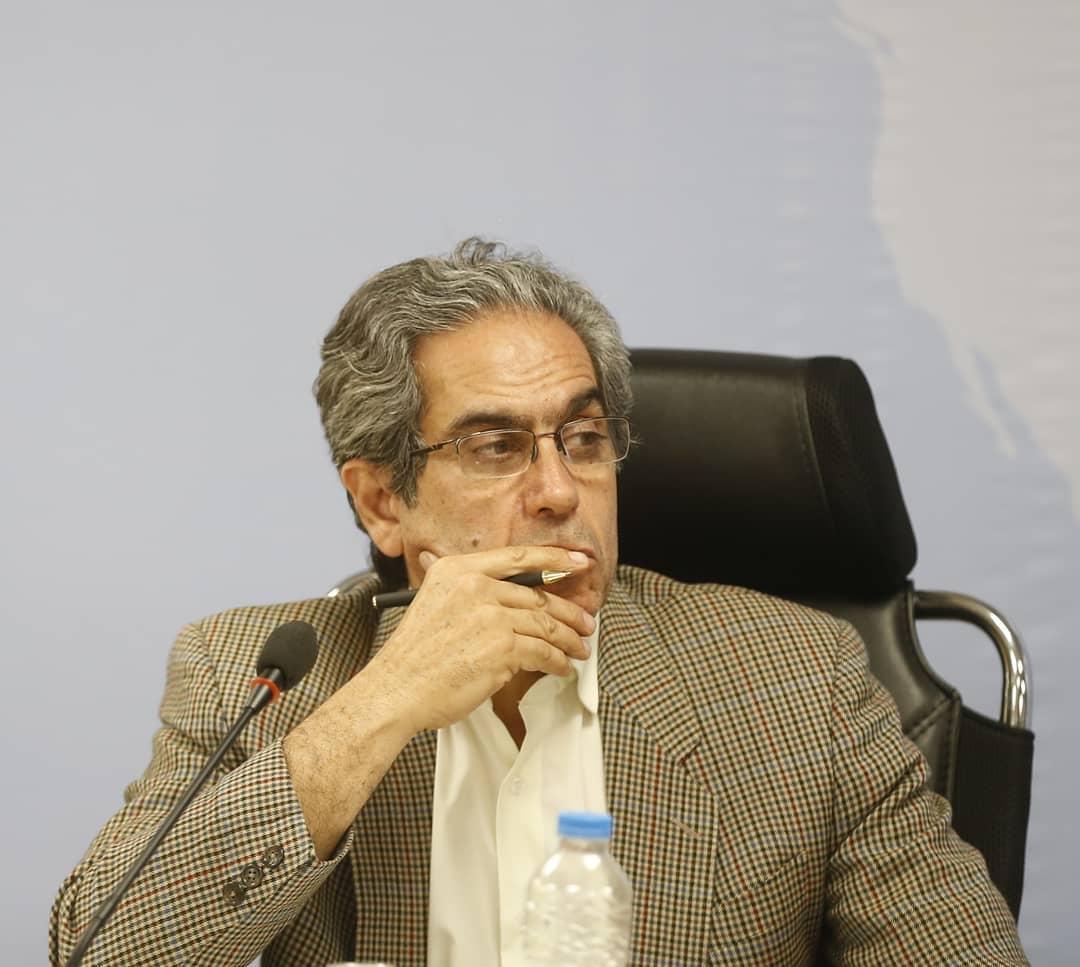 کلید حل مسئلهی اقلیتها در دست نظام سیاسی است؛ در گفتگو با احمد بخارایی/گفتگو از سیمین روزگرد