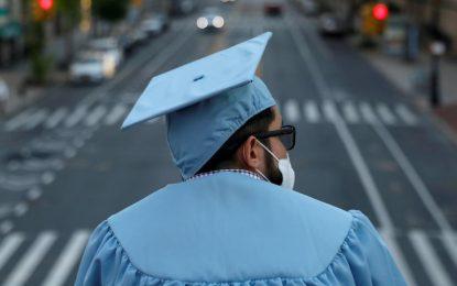 زیرساختهای ناکارآمد و ناکام ماندن دانشگاهها در آموزش آنلاین دانشجویان/محمد نیستانی