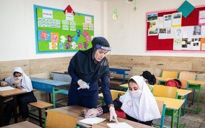 اپیدمی کرونا؛ لزوم لحاظ فاکتور جنسیت در مدیریت آموزش/اعظم بهرامی