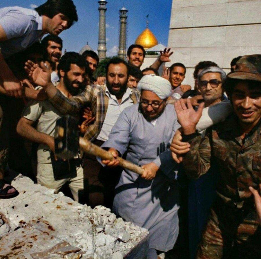 تاملی بر واقعیت تلخ مردهآزاری در ایران/سیامک ملامحمدی
