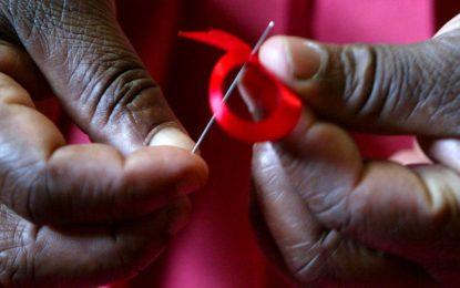 ایدز و فقر به موازات هم پیش میروند/آبان پرتویی